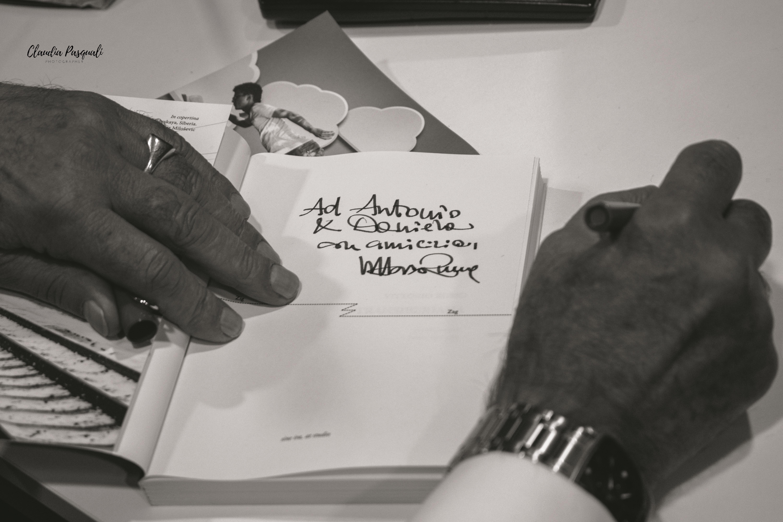 """Presentazione del libro di Vittorio Russo """"Transiberiana"""" a Più Libri Più Liberi. Il firmacopie dell'autore."""