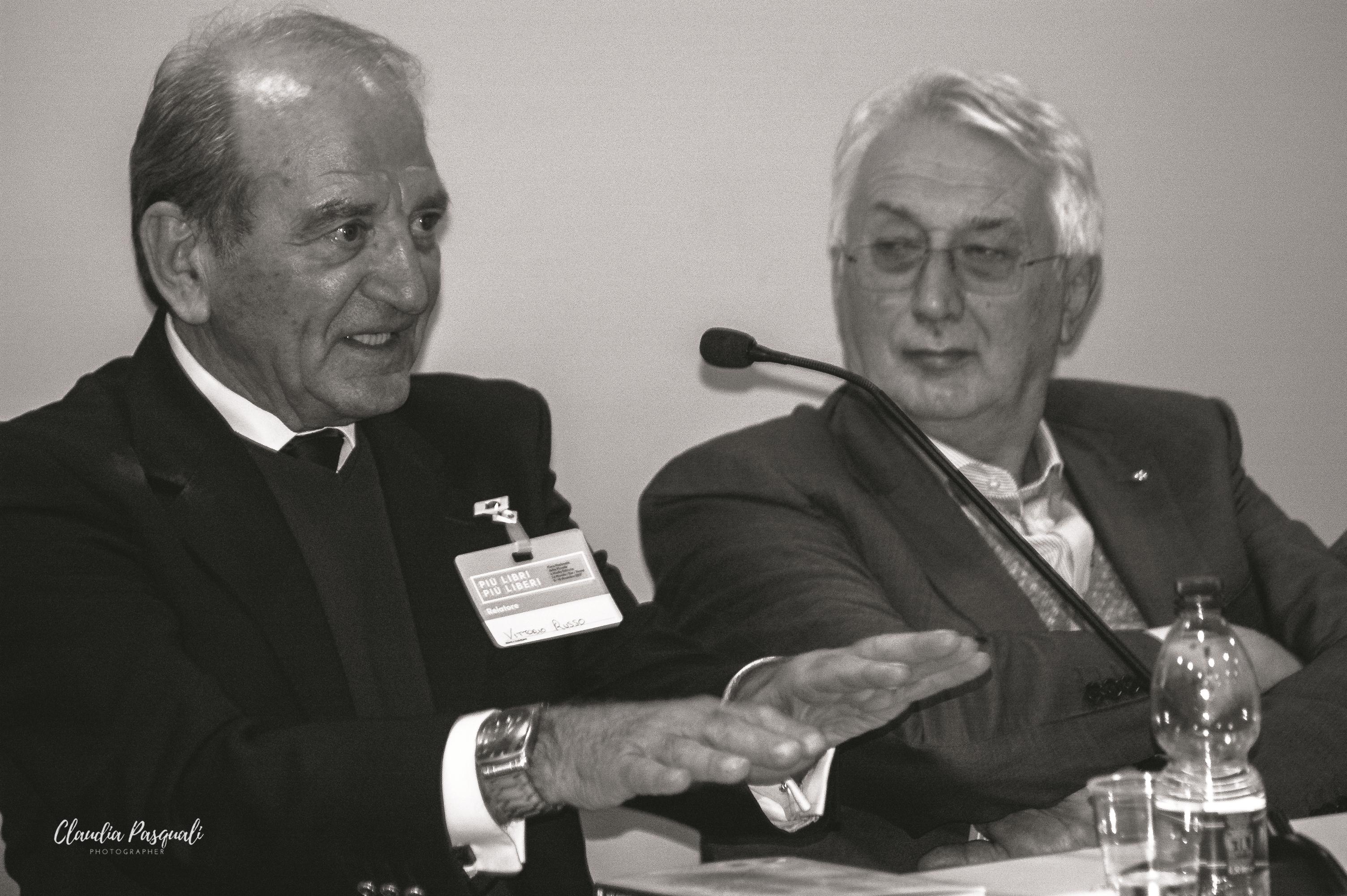 """Presentazione del libro di Vittorio Russo """"Transiberiana"""" a Più Libri Più Liberi. Nella foto: l'autore Vittorio Russo e Oldino Cernoia."""