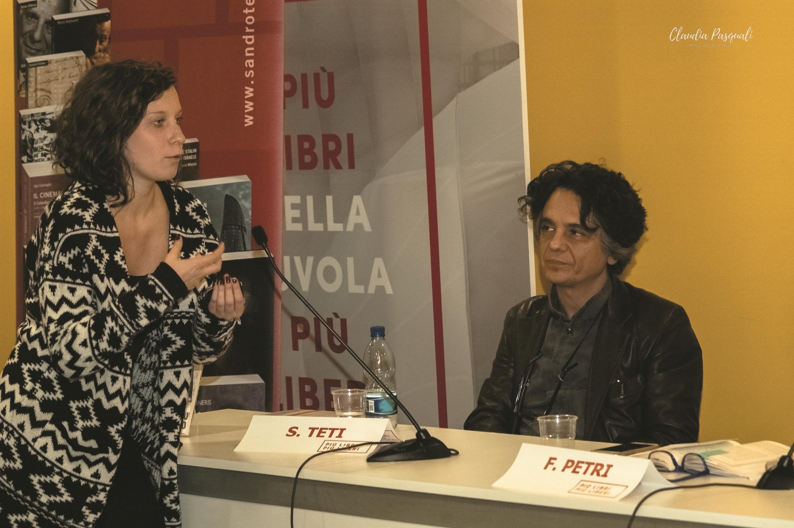 """Presentazione del libro di Myriam Cristallo """"Uscir fuori"""" a Più Libri Più Liberi."""