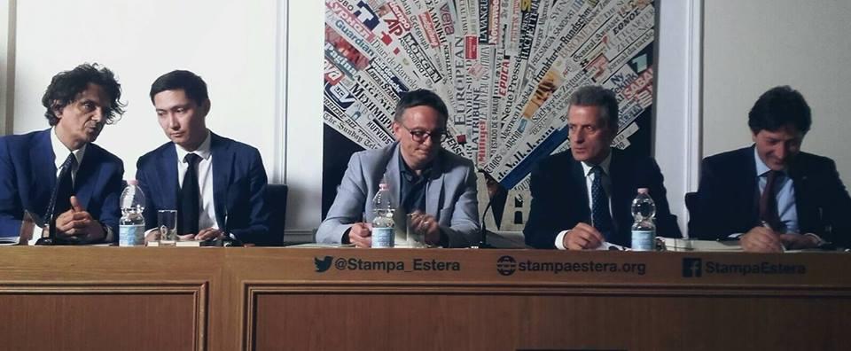 Da sinistra: l'editore Sandro Teti; Almasbek Zhumadilov; Aldo Di Carlo; Livio De Santoli e Quirino Briganti