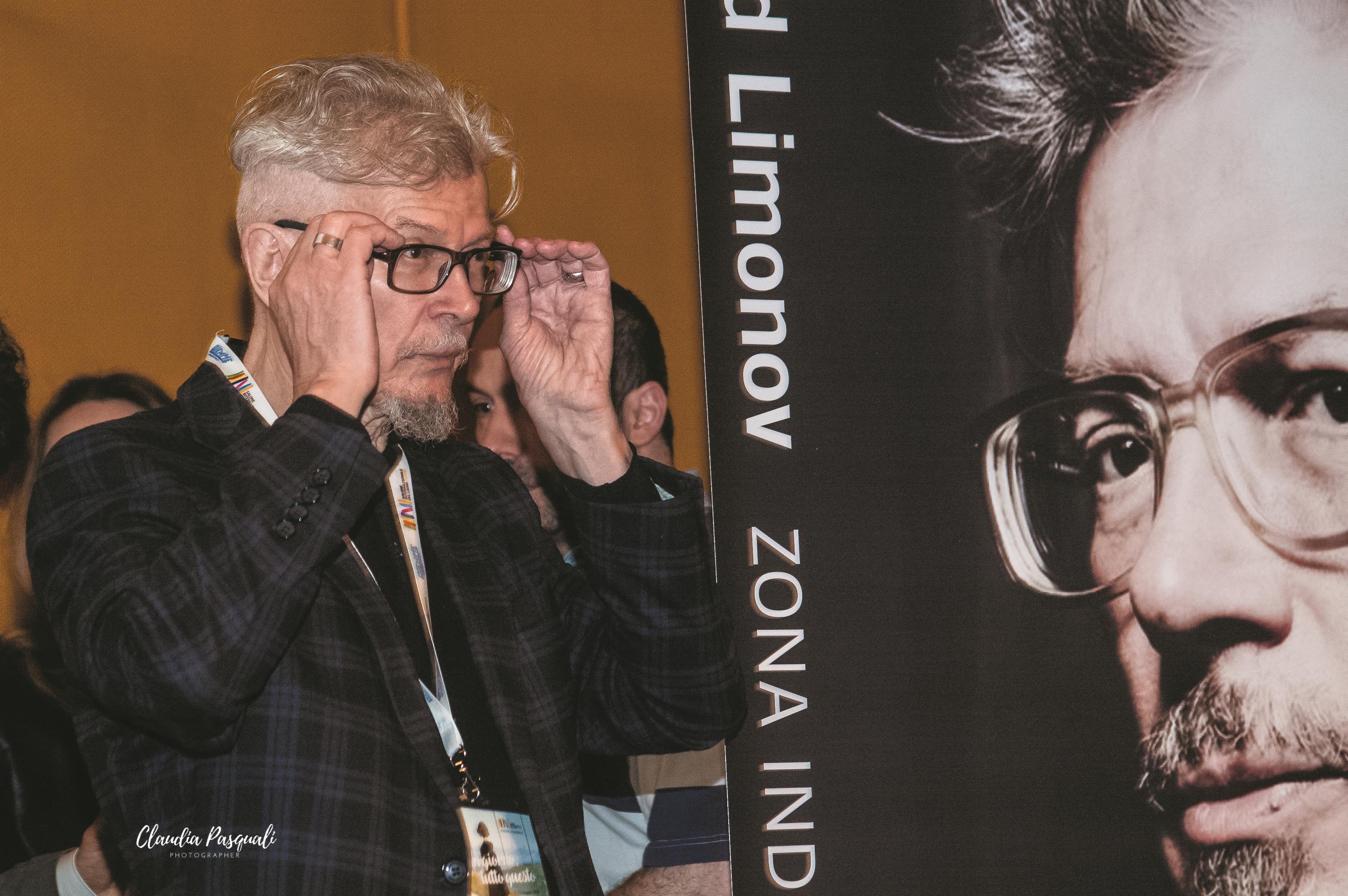 """Presentazione del libro """"Zona industriale"""" di Eduard Limonov presso il Salone del libro di Torino. Eduard Limonov."""