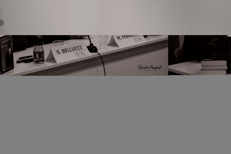 """Presentazione del libro di Marco Forneris """"Il nodo di seta"""" a Più Libri Più Liberi. Nella foto: Sergio Bellucci; l'autore Marco Forneris e l'editore Sandro Teti.."""