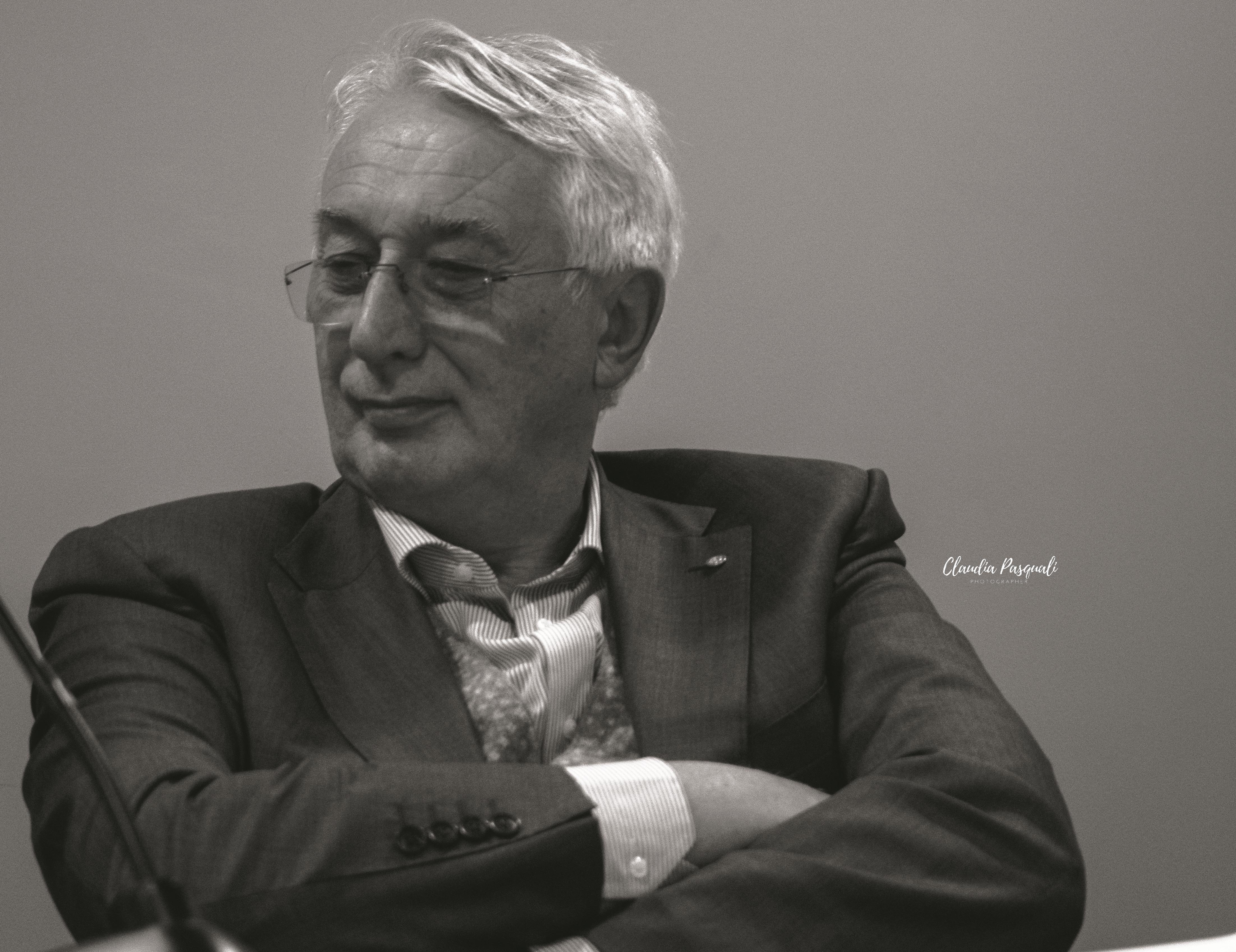 """Presentazione del libro di Vittorio Russo """"Transiberiana"""" a Più Libri Più Liberi. Nella foto: Oldino Cernoia."""