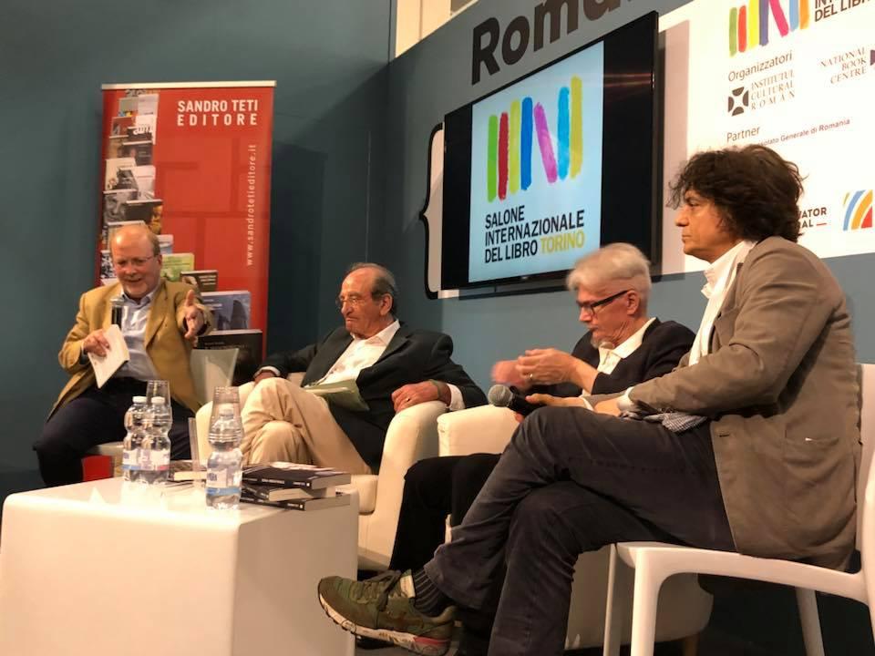 """Presentazione del libro """"Transiberiana"""" di Vittorio Russo presso il Salone del Libro di Torino."""