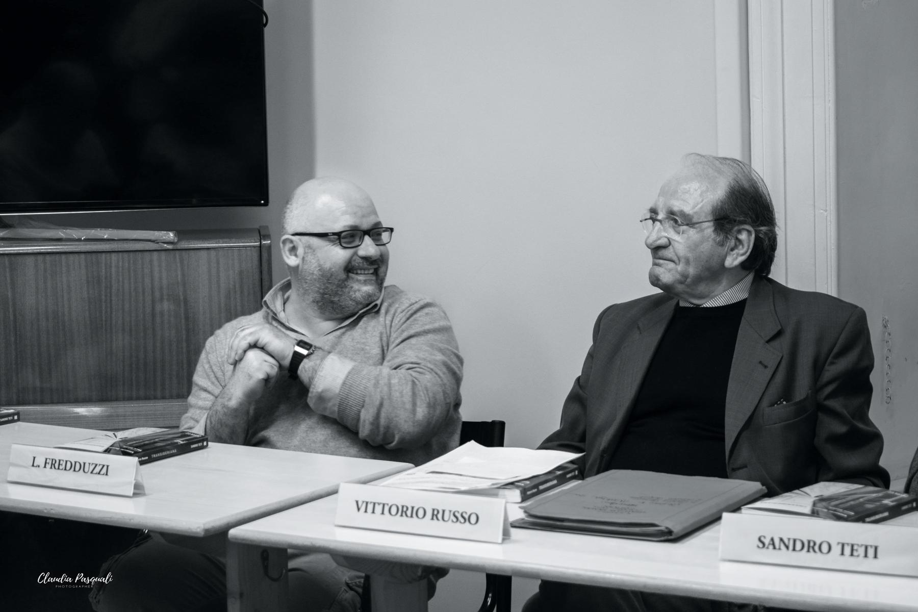 Presentazione del libro Transiberiana di Vittorio Russo. Da sinistra: Leonardo Fredduzzi e Vittorio Russo